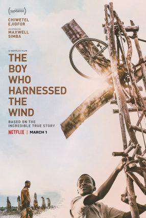 Cartaz do filme O MENINO QUE DESCOBRIU O VENTO – The Boy Who Harnessed the Wind