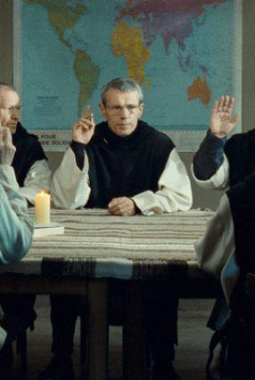 Cartaz do filme HOMENS E DEUSES – Des Hommes et Des Dieux